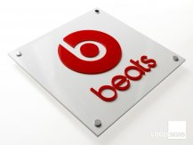 beats plaque